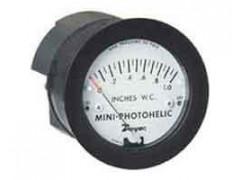 Манометры дифференциальные показывающие Magnehelic, Capsuhelic, Minihelic II, Photohelic, Capsu-Photohelic и Mini-Photohelic марки DWYER