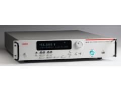 Калибраторы-измерители напряжения и силы тока 2651A