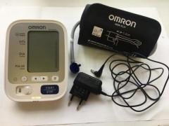 Измерители артериального давления и частоты пульса автоматические OMRON M3 Comfort (HEM-7134-ALRU)