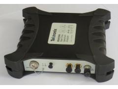 Анализаторы спектра в реальном масштабе времени RSA513A, RSA518A