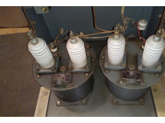 Трансформаторы напряжения НОМ-10-66У2