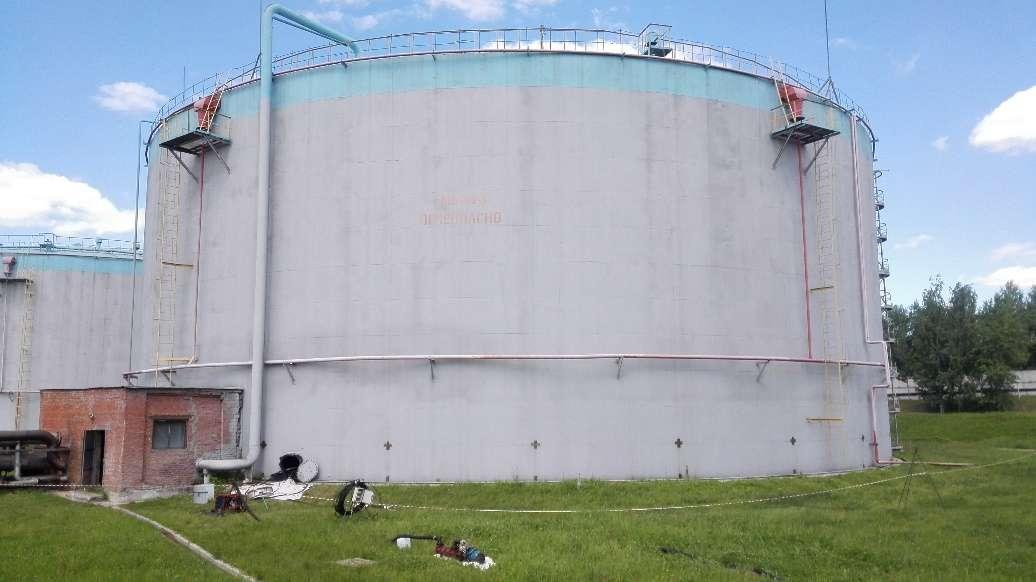Резервуары стальные для хранения различных продуктов
